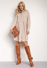 Renee - Beżowa Sukienka Demosyne. Kolor: beżowy. Długość rękawa: długi rękaw. Wzór: aplikacja. Typ sukienki: koszulowe. Styl: elegancki. Długość: midi