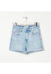 Sinsay - Szorty jeansowe - Niebieski. Kolor: niebieski. Materiał: jeans