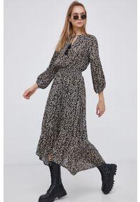 Billabong - Sukienka. Kolor: czarny. Materiał: tkanina. Długość rękawa: długi rękaw. Typ sukienki: rozkloszowane