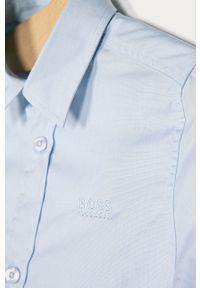 Niebieska koszula BOSS z klasycznym kołnierzykiem, długa