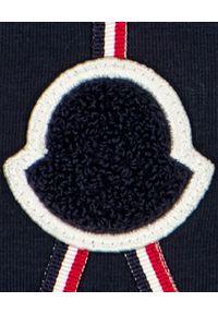 MONCLER KIDS - Granatowa koszulka z logo 0-3 lat. Kolor: niebieski. Materiał: bawełna. Długość rękawa: długi rękaw. Długość: długie. Wzór: aplikacja. Sezon: lato. Styl: klasyczny