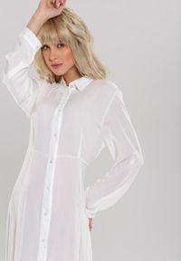 Renee - Biała Sukienka Hillcrest. Kolor: biały. Długość rękawa: długi rękaw. Typ sukienki: koszulowe. Długość: maxi