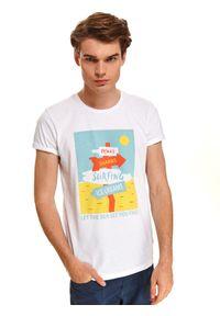 Biały t-shirt TOP SECRET wakacyjny, z nadrukiem