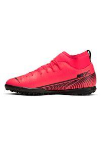 Buty piłkarskie turfy dla dzieci Nike Mercurial Superfly 7 Club AT8156. Materiał: skóra, guma, syntetyk. Szerokość cholewki: normalna. Sport: piłka nożna