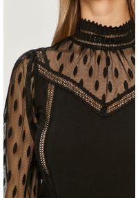 Czarna bluzka Morgan elegancka, krótka