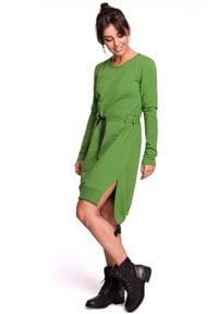Sukienka z długim rękawem, asymetryczna