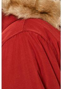 Czerwona kurtka Levi's® na spotkanie biznesowe, casualowa, z kapturem #6