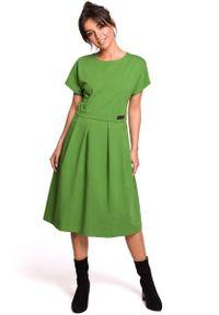 MOE - Limonkowa Rozkloszowana Sukienka Dzianinowa. Materiał: dzianina
