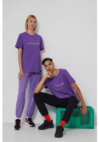 medicine - Medicine - T-shirt bawełniany Unisex. Kolor: fioletowy. Materiał: bawełna. Wzór: nadruk