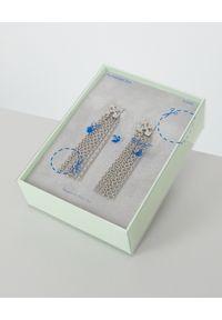OFF-WHITE - Wiszące kolczyki ze strzałami. Materiał: srebrne. Kolor: srebrny. Wzór: aplikacja #5