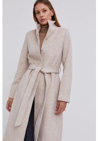Answear Lab - Płaszcz wełniany. Okazja: na co dzień. Kolor: beżowy. Materiał: wełna. Styl: wakacyjny