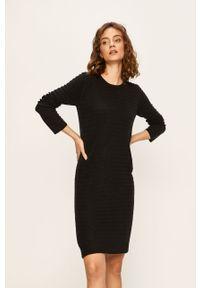 Czarna sukienka Jacqueline de Yong casualowa, mini