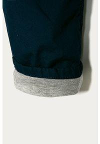 Niebieskie spodnie GAP na co dzień, casualowe
