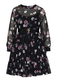 iBlues Sukienka codzienna Delfina 72210301 Czarny Loose Fit. Okazja: na co dzień. Kolor: czarny. Typ sukienki: proste. Styl: casual