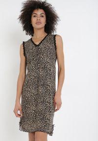 Born2be - Czarna Koszula Nocna Olithisha. Kolor: czarny. Materiał: wiskoza, koronka. Długość: krótkie. Wzór: motyw zwierzęcy, koronka, aplikacja, nadruk