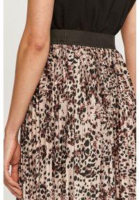 Różowa spódnica Jacqueline de Yong z podwyższonym stanem, na co dzień, casualowa