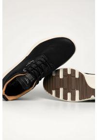 Czarne sneakersy Pepe Jeans z cholewką, z okrągłym noskiem