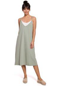 e-margeritka - Sukienka midi trapezowa na ramiączkach pistacja - s. Materiał: bawełna, dzianina, materiał, elastan. Długość rękawa: na ramiączkach. Typ sukienki: trapezowe. Styl: sportowy. Długość: midi