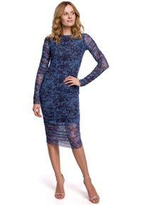 MOE - Ołówkowa Sukienka z Drukowanej Koronki - Model 1. Materiał: koronka. Wzór: koronka. Typ sukienki: ołówkowe
