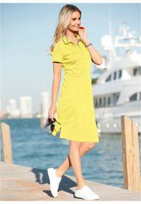 Sukienka shirtowa polo bonprix jasny oliwkowy - srebrnoszary. Typ kołnierza: polo. Kolor: żółty. Styl: elegancki #7