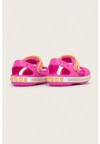 Różowe sandały Crocs gładkie, na rzepy