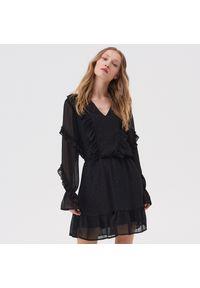 Czarna sukienka Sinsay z falbankami, mini