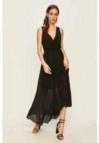 Czarna sukienka Haily's rozkloszowana, bez rękawów, maxi