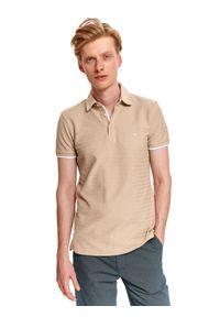 TOP SECRET - T-shirt polo strukturalny. Typ kołnierza: polo. Kolor: beżowy. Materiał: bawełna, tkanina. Sezon: lato. Styl: wakacyjny, klasyczny, elegancki