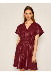 Czerwona sukienka Silvian Heach
