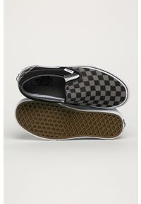 Vans - Tenisówki. Nosek buta: okrągły. Kolor: czarny. Materiał: guma