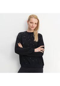 Czarny sweter Mohito z aplikacjami