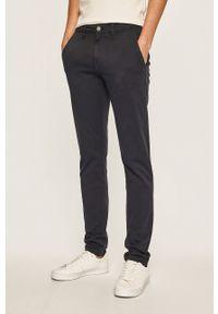 Niebieskie spodnie Pepe Jeans