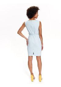 TOP SECRET - Sukienka damska gładka. Typ kołnierza: dekolt w karo. Kolor: niebieski. Materiał: tkanina. Długość rękawa: na ramiączkach. Wzór: gładki. Typ sukienki: ołówkowe. Styl: elegancki