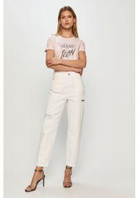 Różowa bluzka Guess z aplikacjami, casualowa, na co dzień
