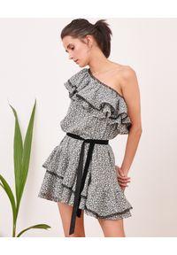 BY CABO - Asymetryczna sukienka z falbanami Marbella. Kolor: czarny. Sezon: lato. Typ sukienki: asymetryczne. Długość: mini