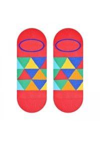 More - Malinowe skarpety stopki w kolorowe trójkąty SK165. Kolor: różowy. Materiał: bawełna, poliamid, elastan. Wzór: kolorowy