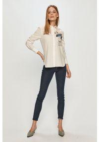 Desigual - Koszula. Okazja: na co dzień. Kolor: biały. Wzór: aplikacja. Styl: casual