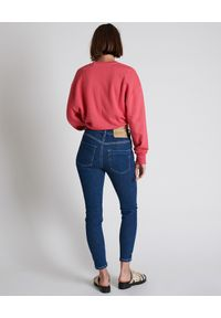 ONETEASPOON - Granatowe jeansy Freebirds II. Stan: podwyższony. Kolor: niebieski. Wzór: aplikacja. Styl: klasyczny