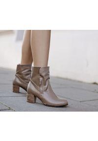Botki Zapato w kolorowe wzory, z cholewką, wąskie, na co dzień
