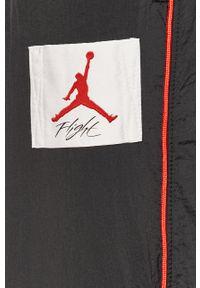 Czarne spodnie dresowe Jordan z aplikacjami
