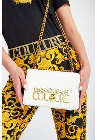 Torebka Versace Jeans Couture zdobiona, z haftem, z aplikacjami