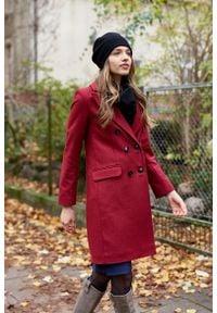 Marie Zélie - Płaszcz wełniany Debora ciemnoczerwony. Kolor: czerwony. Materiał: wełna. Wzór: ze splotem, motyw zwierzęcy. Sezon: zima. Styl: klasyczny