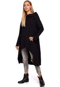 MOE - Czarna Asymetryczna Tunika z Wywijanym Kołnierzem. Kolor: czarny. Materiał: bawełna. Typ sukienki: asymetryczne