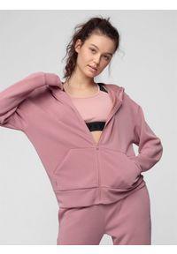 Różowa bluza rozpinana 4f z kapturem