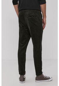 Only & Sons - Spodnie. Okazja: na co dzień. Kolor: zielony. Materiał: tkanina. Wzór: gładki. Styl: casual