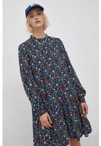 Superdry - Sukienka. Materiał: tkanina, koronka. Długość rękawa: długi rękaw. Typ sukienki: rozkloszowane