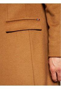 TOMMY HILFIGER - Tommy Hilfiger Tailored Płaszcz wełniany Wool Blend TT0TT08117 Brązowy Regular Fit. Kolor: brązowy. Materiał: wełna #3