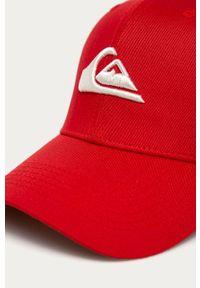 Czerwona czapka z daszkiem Quiksilver z aplikacjami