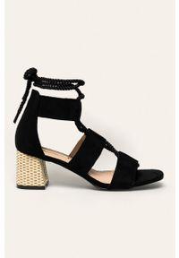 Czarne sandały ANSWEAR na sznurówki
