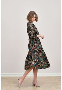 Marie Zélie - Sukienka Cecilia Cantilena czarna. Kolor: czarny. Materiał: bawełna, wiskoza, materiał, tkanina, skóra, poliester. Wzór: napisy, aplikacja